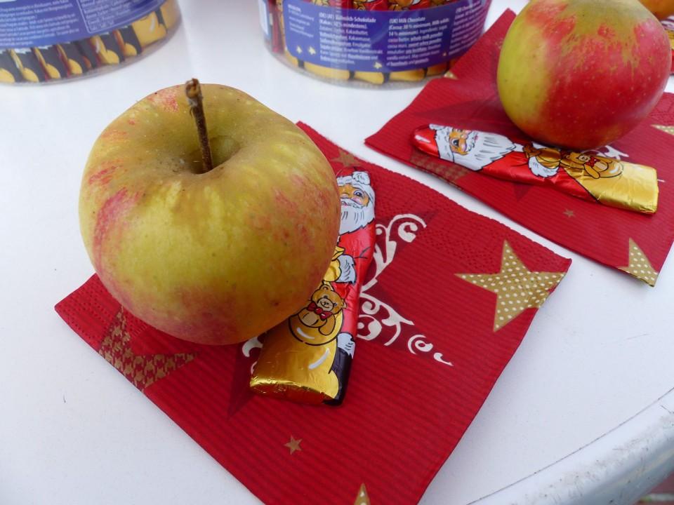 CDU Soltau verteilt wieder Weihnachtsäpfel